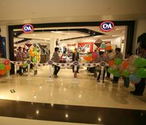 亚克力制品合作客户C&A梦之龙店开张大吉!